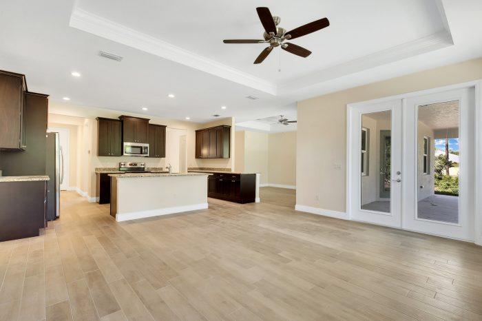 Davenport Home Model | Kitchen Dark Wood