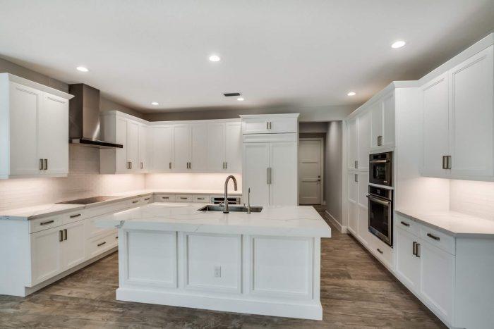 Davenport Home Model | Kitchen Front